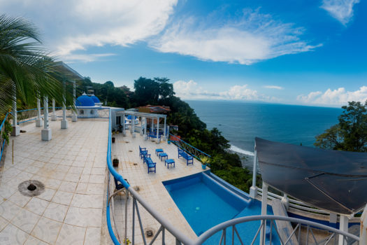 Casa Griega Punta Leona
